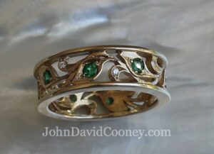 14K band Diamonds emeralds